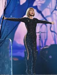 taylor swift responds to kanye west u0027s claims while accepting