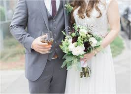 wedding photographers des moines cortney jake exile brewery wedding des moines iowa wedding