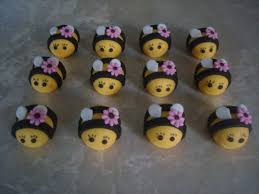 bumble bee cake toppers 74 best cake cupcake toppers images on cupcake toppers