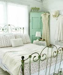 idee deco chambre romantique la deco chambre romantique 65 idées originales archzine fr