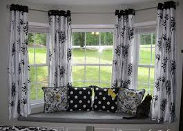 Curtains Blinds How To Choose The Right Curtains Blinds Shades And Window Bow