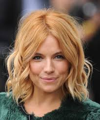 whatbhair texture does sienna miller have dakota johnson hair thebrightblush