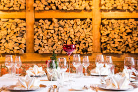 regionale küche restaurant und hotelbar in saalbach kunst hotel kristiana