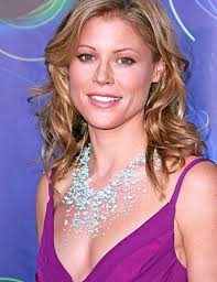 STYLE OF LIFE  andrea bowen desperate housewives Julie Bowen in Hawaii