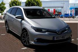 toyota auris suv used toyota auris excel automatic cars for sale motors co uk