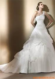 one shoulder wedding dresses 2011 121 best a line sweetheart wedding dresses images on