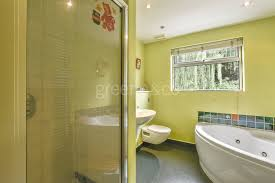 two bedroom house in london 2 bedroom house to rent in crown