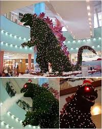 christmas time fun which mall moron thought that christmas