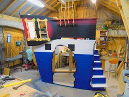 chambre bateau pirate lit bateau pirate pour enfant à partir de 2 ans cabanologue