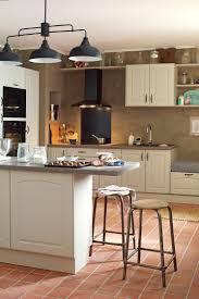 cuisine tomettes on apprivoise ou relooke ce sol en terre cuite decoration maison