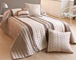 jeté de canapé alinea entrant dessus de lit alinea design accessoires de salle de bain