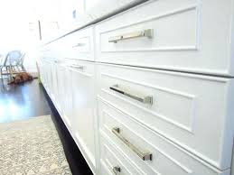 hardware for kitchen cabinets and drawers 4 kitchen cabinet handles tips for replacing cabinet handles and