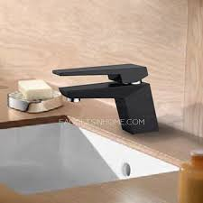 Single Hole Lavatory Faucet Black Painting Short Single Hole Bathroom Faucet