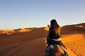 into the desert sahara dunes and surrounding scenes simplicity