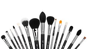 Makeup Kit everything you ll need to start building your professional makeup