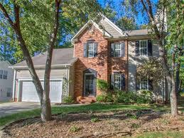 Vanity Fair Greensboro Nc 3413 Crimson Wood Drive Greensboro Nc 27410 Mls 856367 Estately