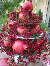 decorations red fruits and berries christmas centerpiece table