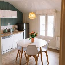 cabinets in small kitchen small kitchen layout and design tips