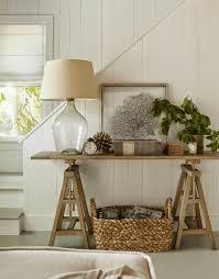 Entryway Table With Baskets Una Casa De Verano En Los Htons Desde My Ventana Pinteres