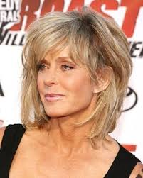 updated farrah fawcett hairstyle farrah fawcett s hairstyles pays tribute to the farrah of yesteryear