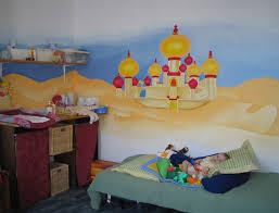 peinture chambre enfants choisir un décor mural pour la chambre des enfants dessine moi un
