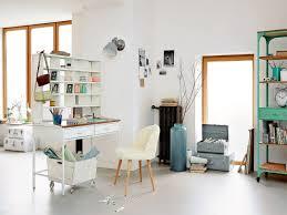 bureau petits espaces 10 solutions de rangement astucieuses pour un bureau optimisé