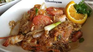 sen cuisine pad woon sen w shrimp similar to japchae or pancit found another