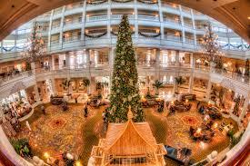 disney u0027s polynesian hotel at christmas matthew paulson photography