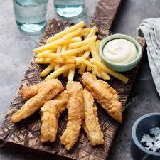 britische küche fisch und chips sauce tartare britische küche stockfoto 93015574