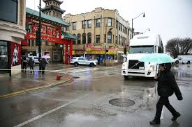 wentworth truck man hit and killed by semi truck in chinatown chicago tribune