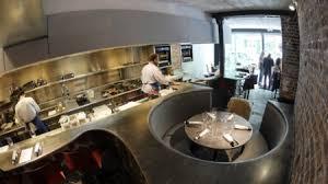 restaurant cuisine ouverte bruno verjus se met à table