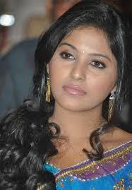 south actress anjali wallpapers looking very beautiful in saree photos of actress anjali cinejolly