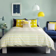 yellow bedroom decorating ideas blue and yellow bedroom ideas fpudining