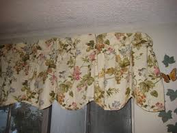 Waverly Window Valances by Amazon Com Waverly Napoli Window Valance Cameo Home U0026 Kitchen