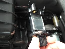 how to clean a mass air flow maf sensor 5 4l ford truck