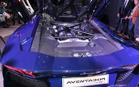lamborghini aventador curb weight 2013 lamborghini aventador roadster looks hotter with no top