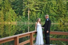 Cheap Places To Have A Wedding Cliffview Resort Venue Red River Gorge Ky Weddingwire