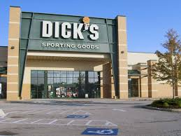 what time does dickssportinggoods open on black friday u0027s sporting goods store in strongsville oh 193