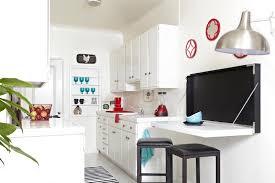 table et cuisine gain de place dans la cuisine astuces meubles et gadgets au top