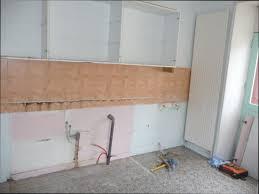 fixer une cuisine sur du placo meuble en placo free meuble with meuble en placo beautiful