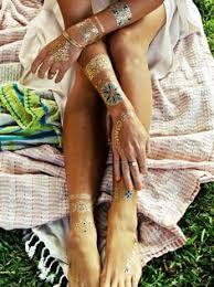 mandala tattoo zum aufkleben gold henna detail gold henna hennas and gold