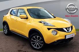 nissan juke black and yellow used nissan juke tekna yellow cars for sale motors co uk