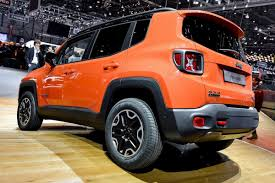 orange jeep renegade jeep u0027s italian made renegade shows its playful side at the geneva
