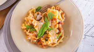 Laura In The Kitchen Pasta Recipes Food Rachael Ray Show