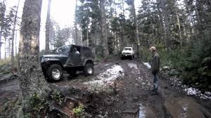 bronco jeep 2017 jeep rescues ford bronco elbe washington youtube