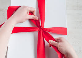 gift wrapping ribbon living well 4 secrets to tying a bow design