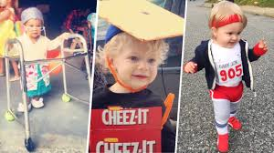 used baby halloween costumes halloween costumes parents can make with stuff around house