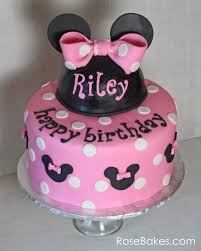 minnie mouse cakes pink minnie mouse birthday cake