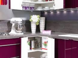 cuisine aubergine et gris cuisine aubergine et gris excellent cuisine blanche mur simple