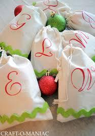 diy monogrammed treat bags christmas gift idea craft o maniac